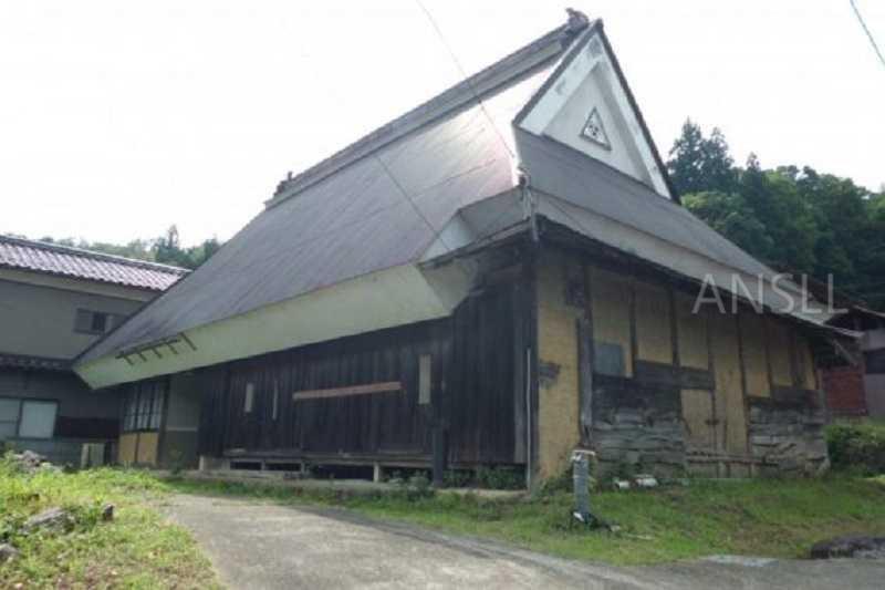 日本现在正在免费赠送空置的房屋你有兴趣接手吗